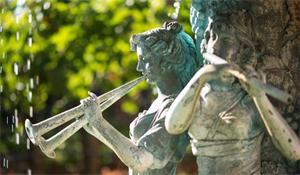 クロペガス ワイナリー噴水